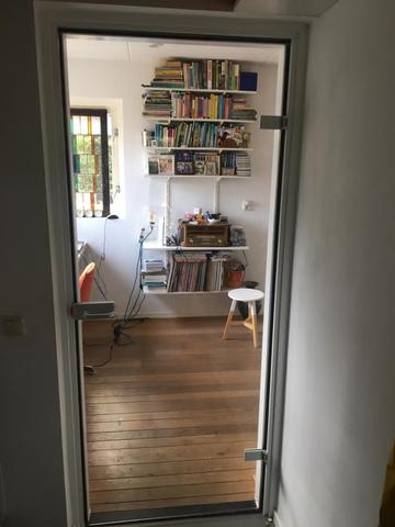 Hardglazen-deuren-blank